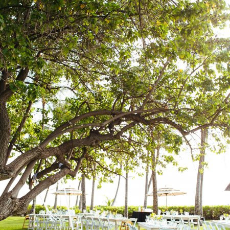 Private estate wedding at Lanikuhonua at a Hawaii destination wedding by Destination wedding planner Mango Muse Events