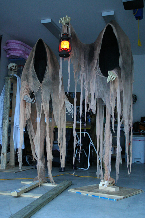 Dementors as a part of 12 Halloween decor ideas