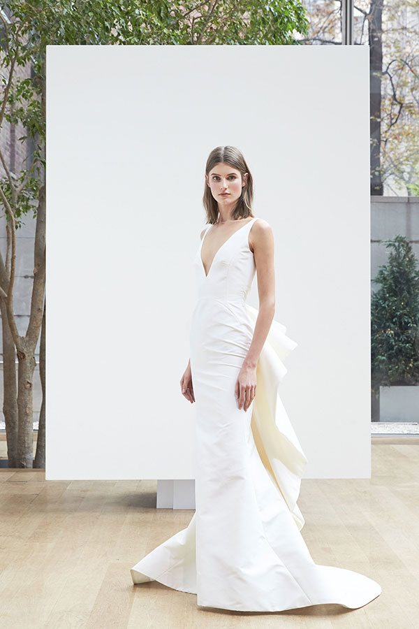 Structural wedding dress by Oscar de la Renta Spring 2018 Bridal