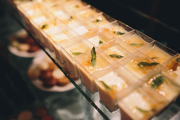 Champagne jelly dessert at a dessert bar by destination wedding planner Mango Muse Events