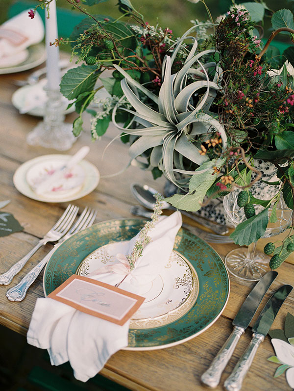 Artful vintage wedding table design Isle of Skye Scotland destination wedding by destination wedding planner Mango Muse Events