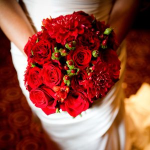 Red bridal wedding bouquet Valentine's day wedding inspiration by destination wedding planner Mango Muse Events