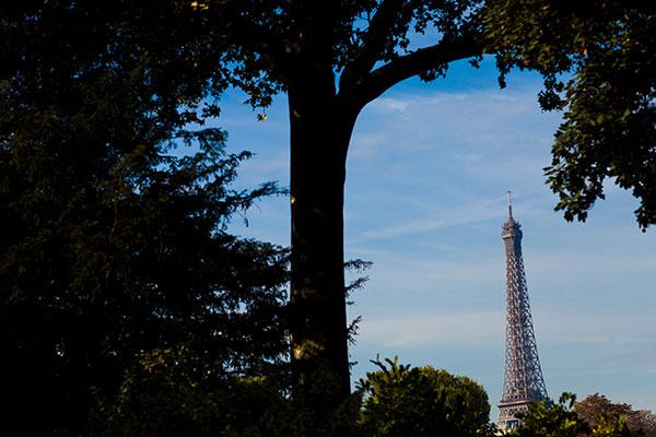 Eiffel tower in Paris France, a gay friendly wedding destinations by destination wedding planner Mango Muse Events