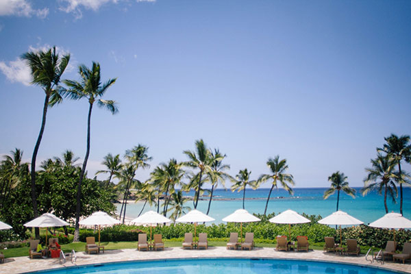 Pool area of the Mauna Kea beach resort wedding on the Big Island by Destination wedding planner Mango Muse Events