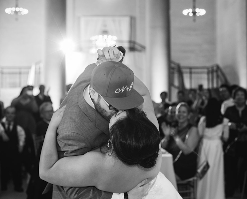 First dance dip and kiss at a San Francisco destination wedding by destination wedding planner Mango Muse Events