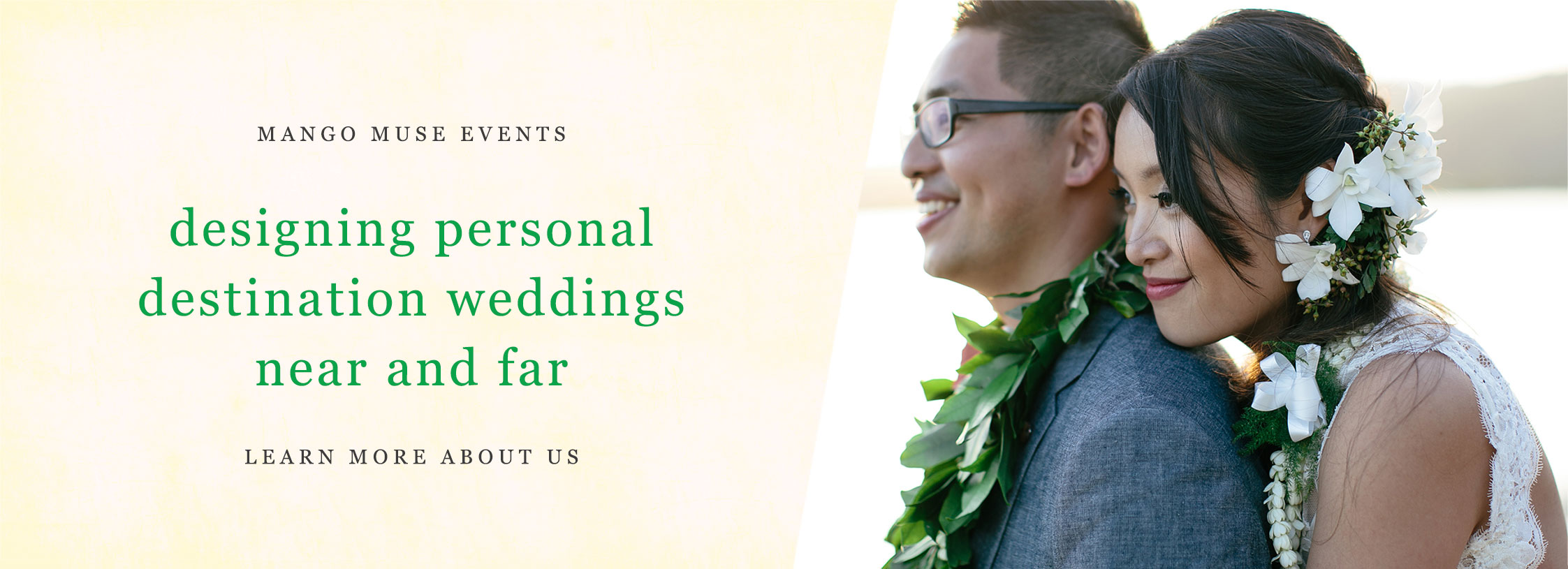 Happy couple at a Hawaii destination wedding by Destination wedding planner Mango Muse Events