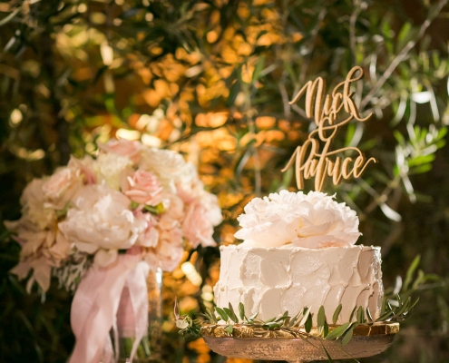 Petite textured wedding cake with a peony and greenery for a San Francisco destination wedding by destination wedding planner Mango Muse Events