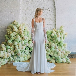 Structured corset bodice wedding dress by Carol Hannah bridal fall 2020 wedding dress trend picked by destination wedding planner Mango Muse Events
