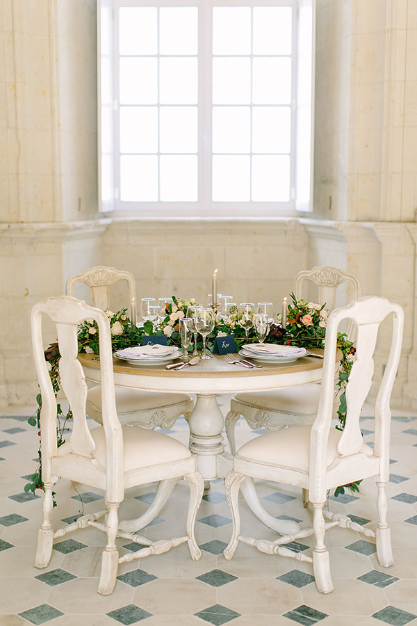 Romantic wedding tablescape for a fall French chateau fairtytale wedding in France by Destination wedding planner Mango Muse Events